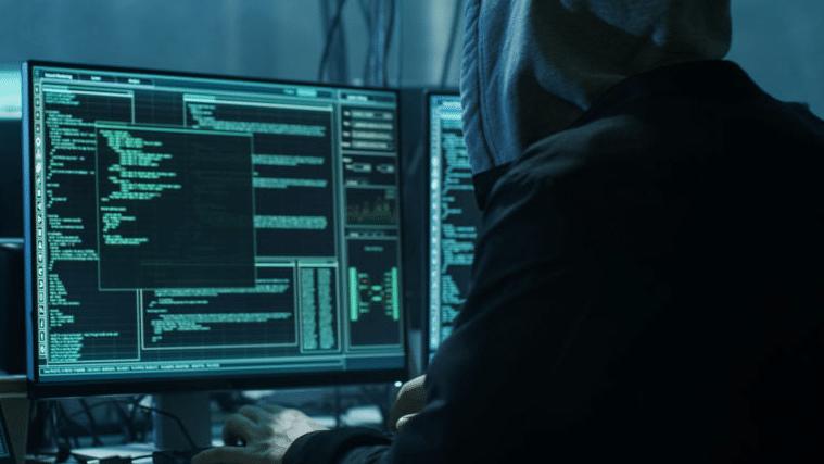 ドメイン窃取とウイルス拡散