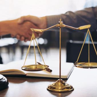 他の弁護士との連携