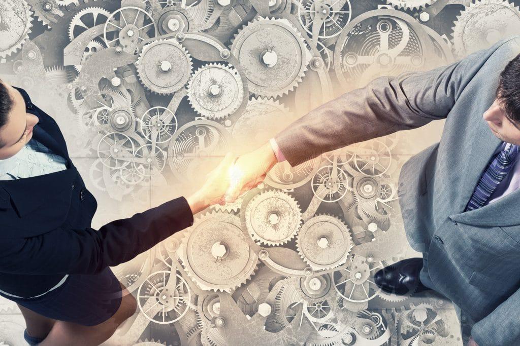 システム開発で、請負契約を結ぶ際の注意点とは