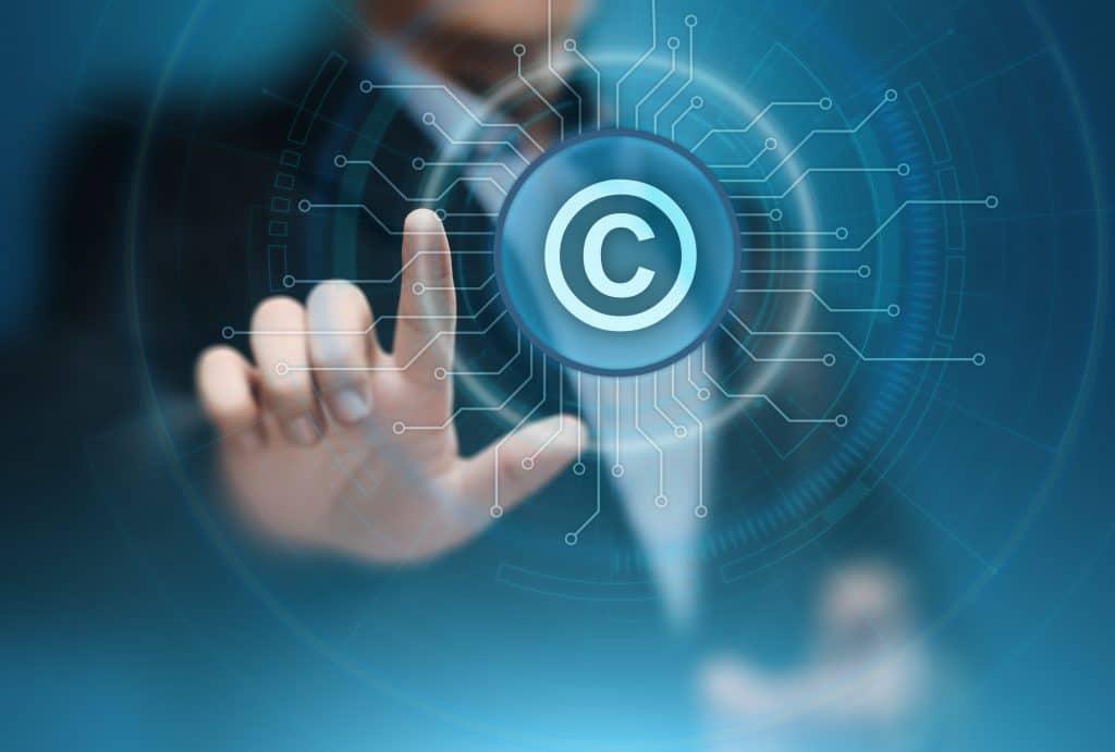 承諾なしでの写真等の公表と著作権の関係
